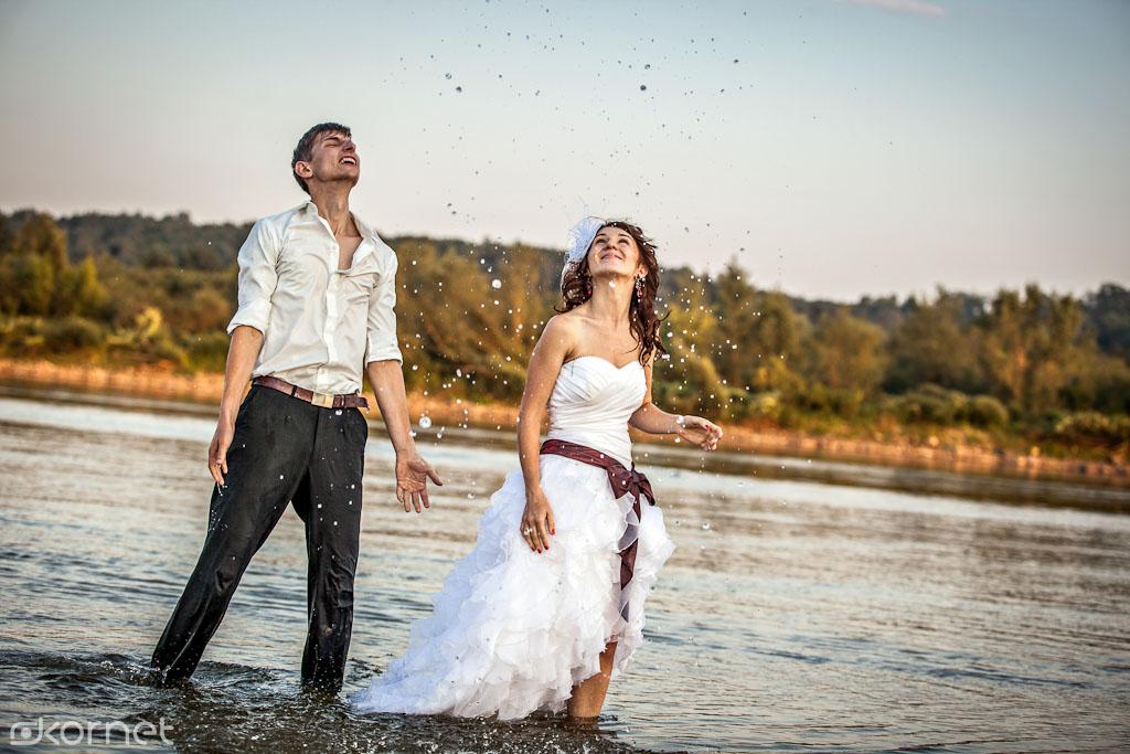 , Aldona & Piotr | sesja Ślubna – czyli trochę wody dla ochłody :), Fotografia Ślubna Lublin Wojtek Kornet